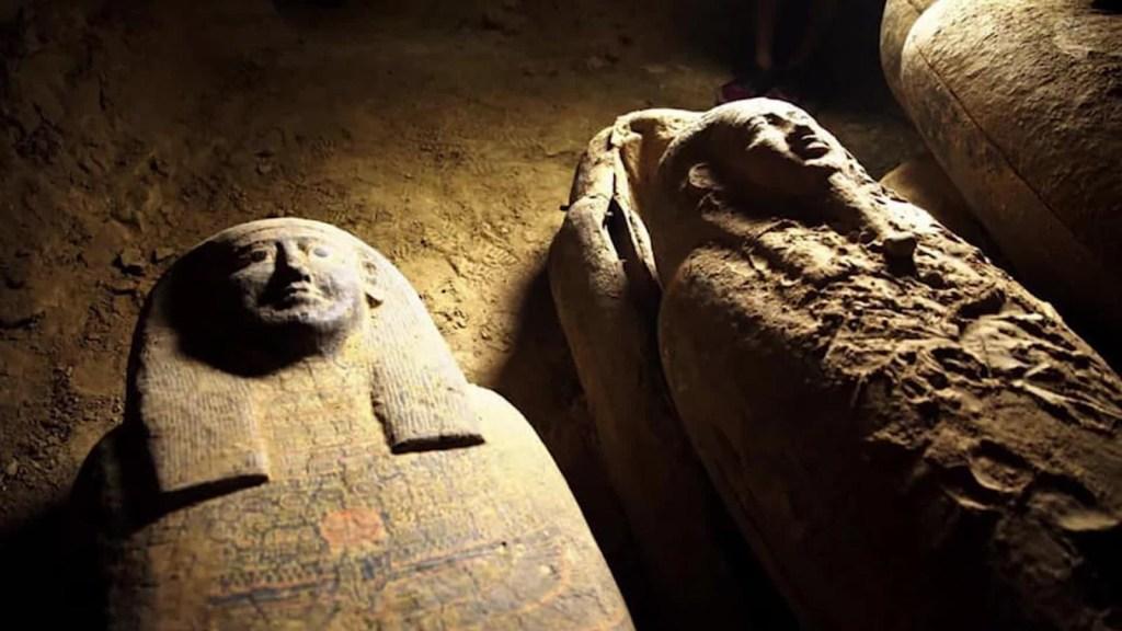Hallan 13 misteriosos ataúdes que podrían tener momias
