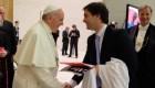 ¿Dejaría el papa que Alejandra Guzmán cante en el Vaticano?