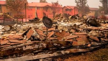 5 cosas: Más víctimas mortales por incendios en costa oeste de EE.UU.