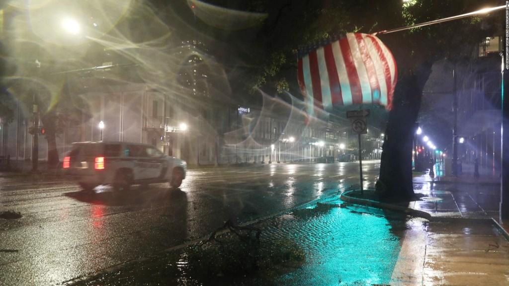 El huracán Sally impacta con fuerza en Alabama