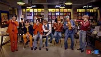 """BTS canta """"Dynamite"""" en concierto pequeño e íntimo"""
