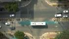 Calles que cargan vehículos eléctricos en movimiento
