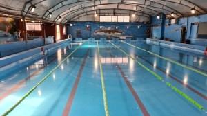 Los natatorios piden reabrir en Buenos Aires