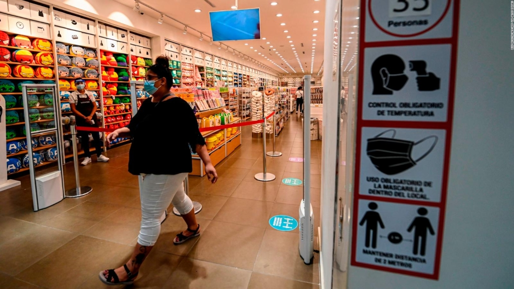 Panamá reabre el comercio después de seis meses