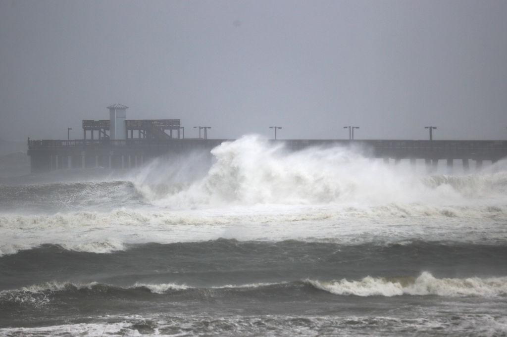 Huracán SAlly Florida Alabama lluvia videos inundaciones