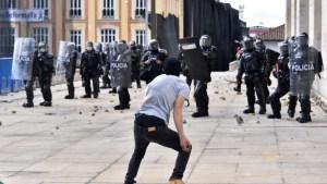 colombia-brutalidad-policial-eln