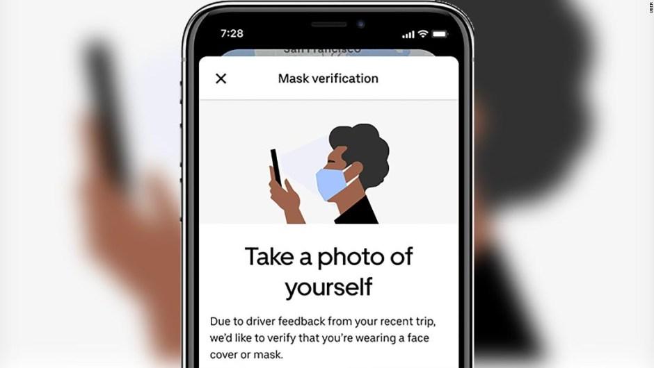 ¿Quieres un Uber? Es posible que primero tengas que enviar una selfie con mascarilla