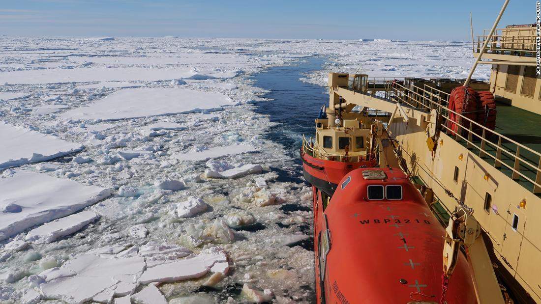 El colosal glaciar Thwaites de la Antártida se está derritiendo rápidamente, y los científicos pueden haber descubierto por qué