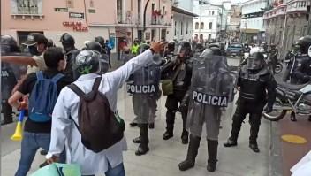 ecuador-protesta-policía