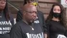 Hombre negro muere sofocado bajo custodia policial