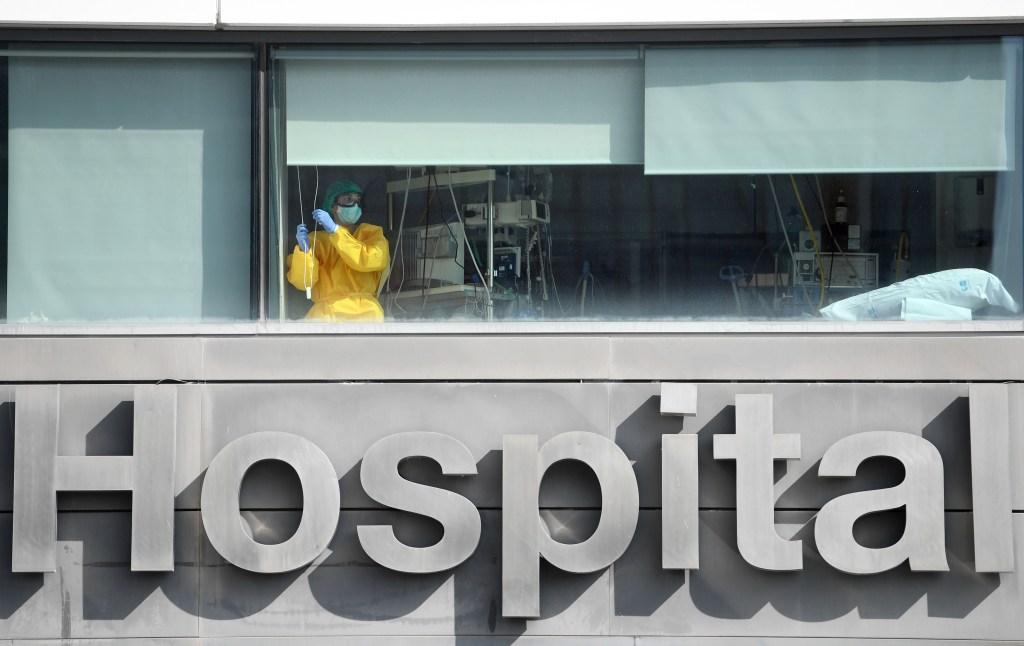 Madrid: aumento de casos de covid-19 y falta de médicos