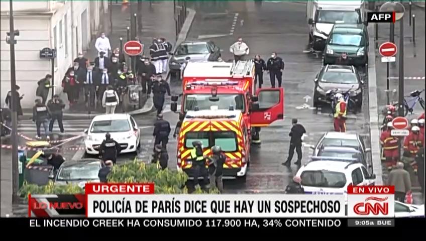 Apuñalan a dos personas en un ataque en París