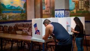 Mark López y la incógnita sobre cuantos latinos votarán