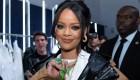 Rihanna se disculpa por ofensa durante su desfile