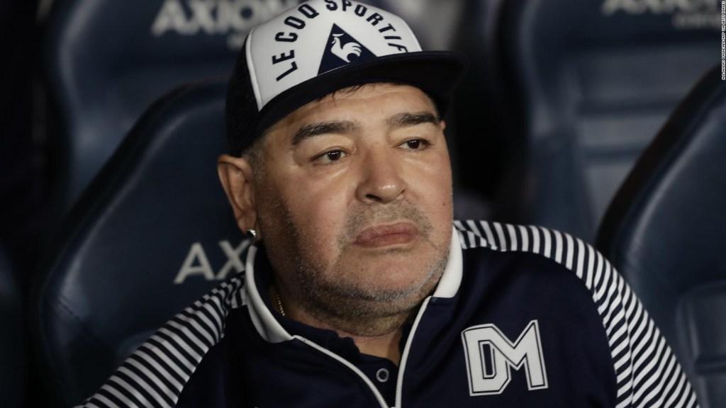 Aíslan a Maradona por posible caso de covid-19 en su entorno