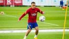 Fichajes del Barça y Real Madrid que tuvieron problemas con el balón en sus presentaciones