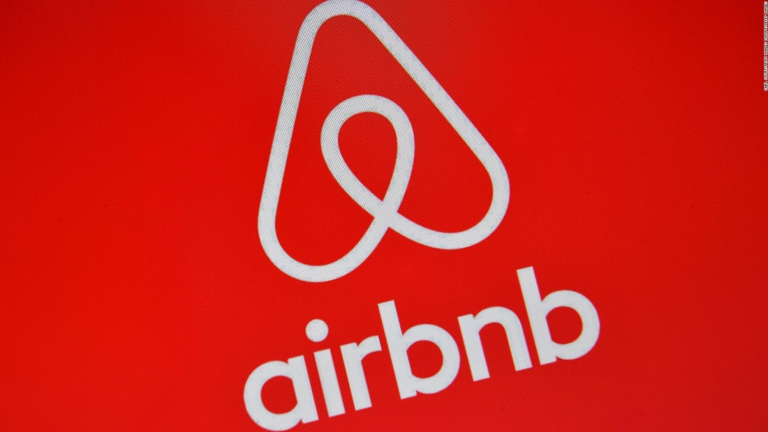 Airbnb cancela reservaciones de una noche en Halloween