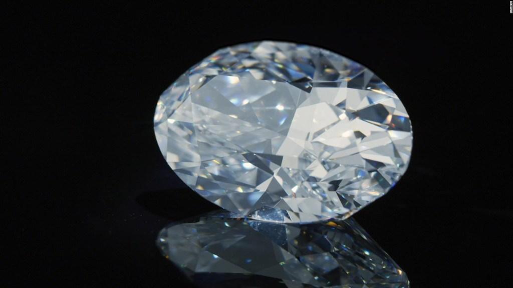 Así es el diamante más caro vendido en una subasta en línea