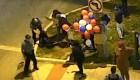 Video muestra a policía con su rodilla sobre embarazada