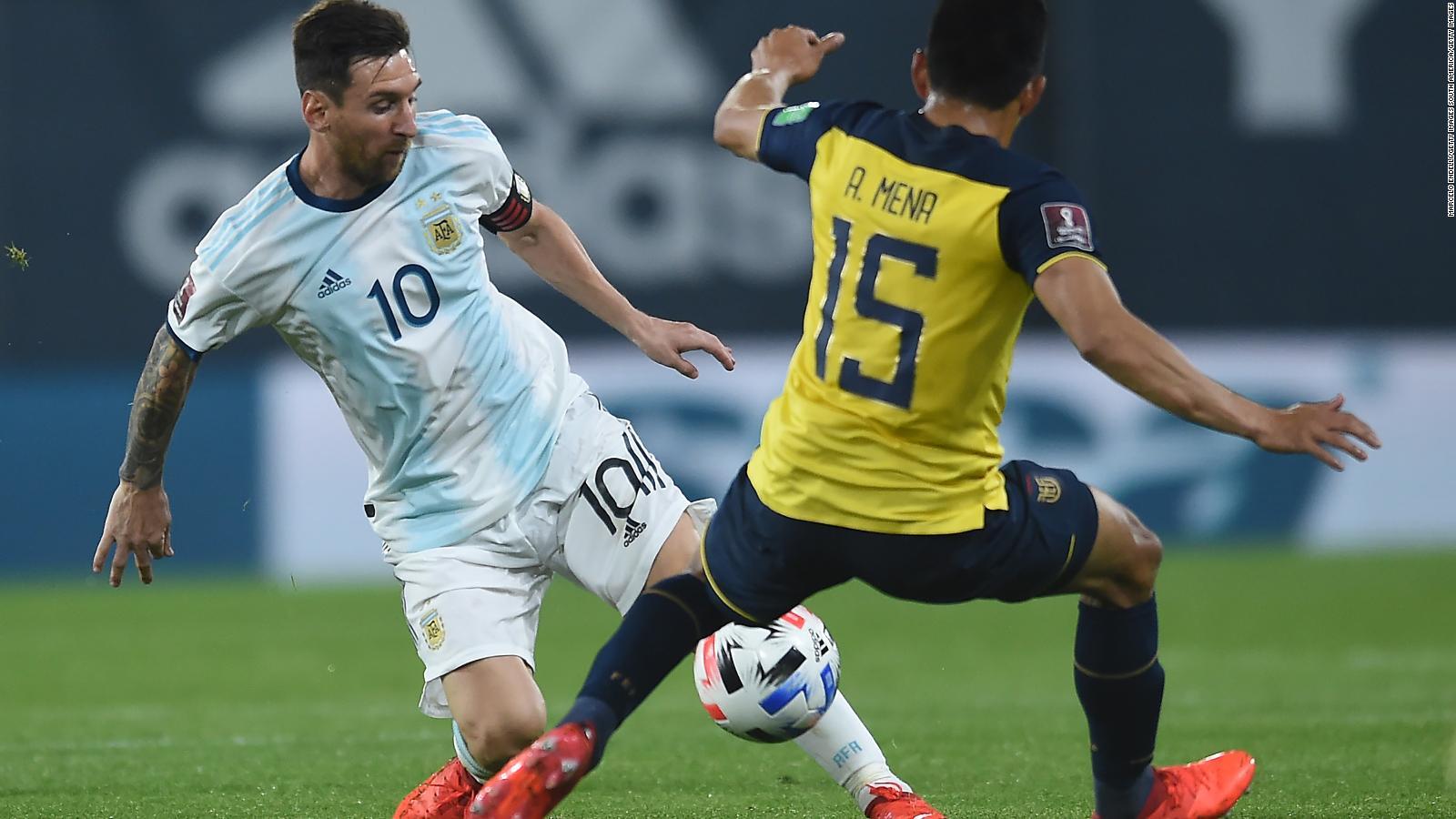 201009002737-argentina-ecuador-eliminatorias-copa-mundo-2022-wt-deportes-hugo-manu-correa-00000130-f