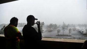 Huracán Delta toca tierra en Louisiana