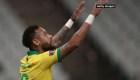 Neymar brilla con Brasil y apunta al récord de Pelé
