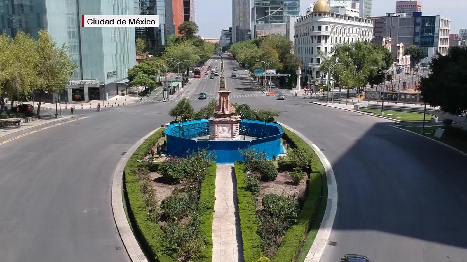 México: retiran la estatua de Cristóbal Colón en coincidencia con 12 de  octubre | Video | CNN