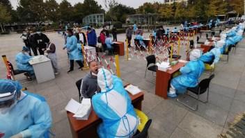 Brote de covid-19 en China pone en alerta a autoridades