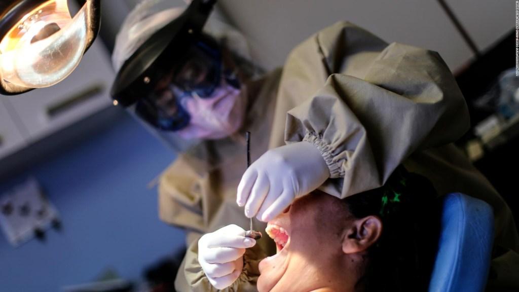 Los dentistas están viendo más dientes rotos desde que comenzó la pandemia, descubra por qué
