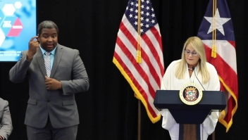 Gobernadora de Puerto Rico entra en cuarentena