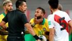 El discurso del VAR que resultó en penalti para Brasil contra Perú
