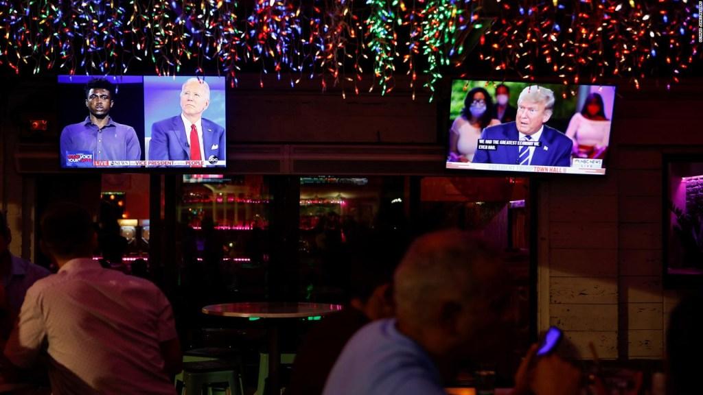 Biden gana en audiencia a Trump en los foros del jueves