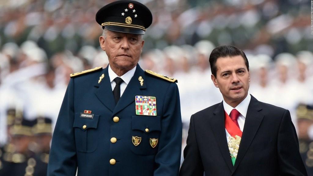 AMLO dice que Cienfuegos fue detenido por narcotráfico