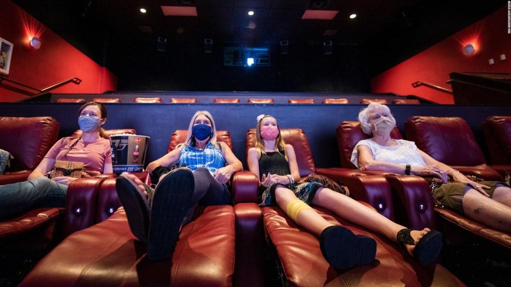 AMC intenta sobrevivir al covid rentando sus cines