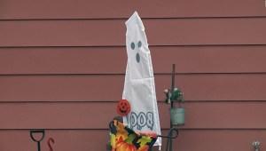 Halloween 'drive-thru' por el covid-19