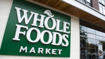 Whole Foods ofrece más compras listas en una hora