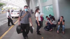 Gobierno de Nicaragua cancela residencia a dos sacerdotes