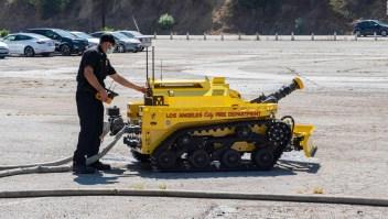 Este nuevo bombero de Los Ángeles es un robot