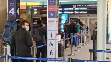 Argentina reabre sus vuelos internos