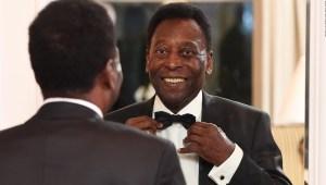 Excompañero cuenta detalles de Pelé cuando era jugador