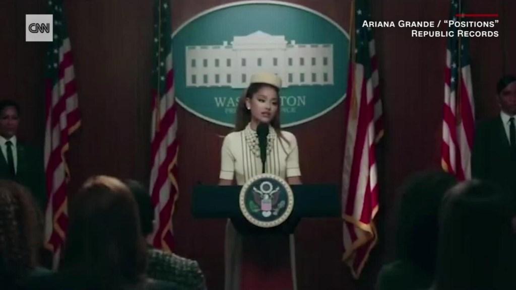 """Ariana Grande llega a la Casa Blanca en """"Positions"""""""