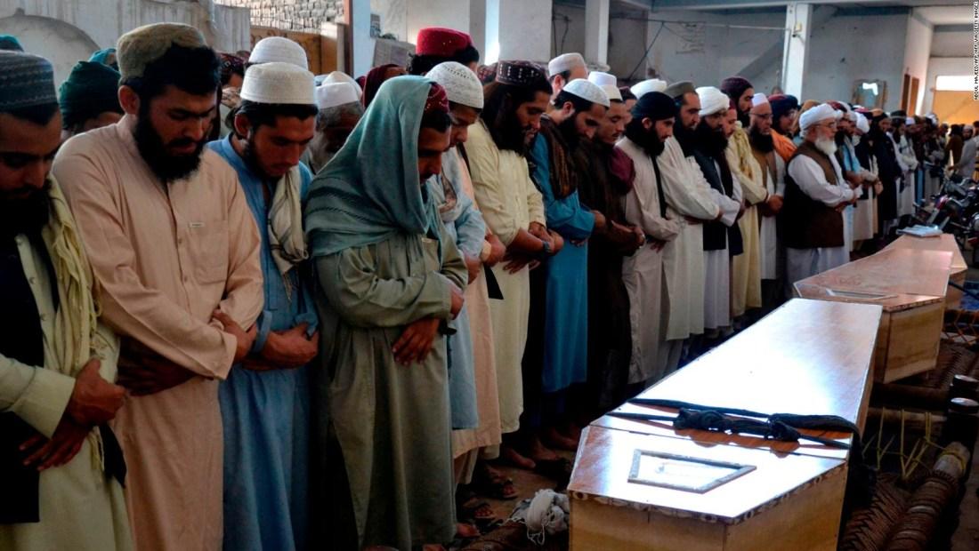 Explosión en escuela de Pakistán deja al menos 123 heridos
