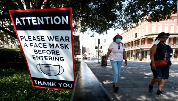 Huerta: Da pena que se haya politizado la mascarilla