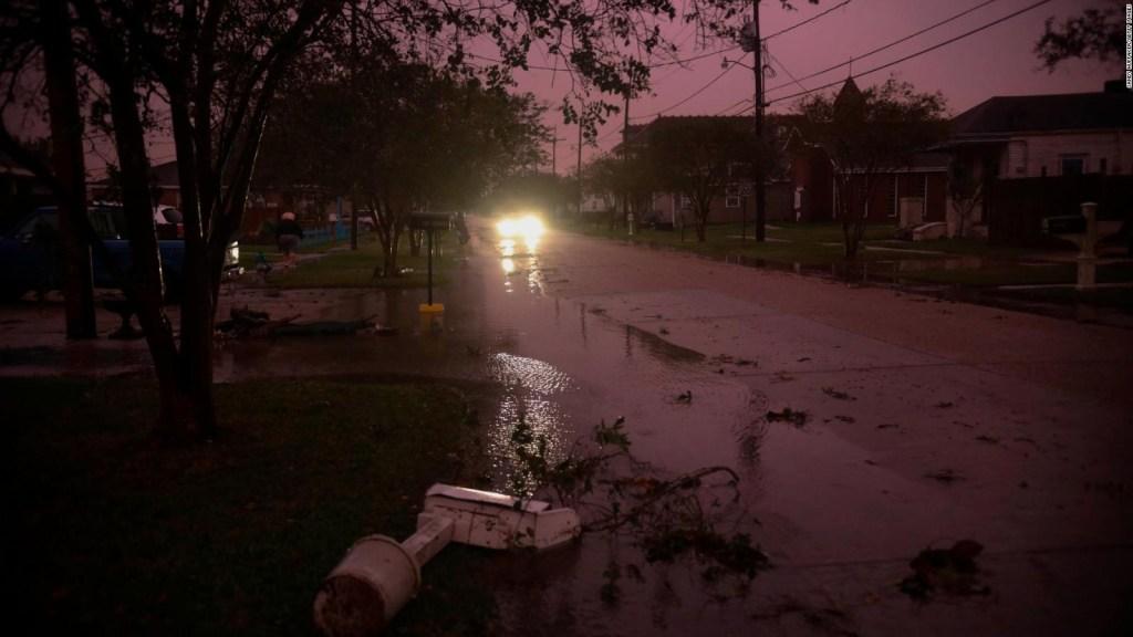 El ojo del huracán Zeta cruzó Nueva Orleans