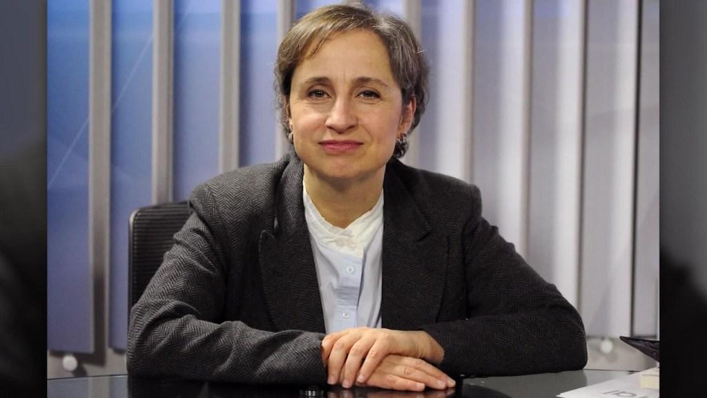 Aristegui narra las dificultades de ser periodista en México