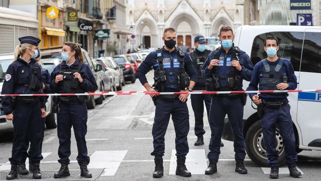 Turquía condena el ataque con cuchillo en Niza