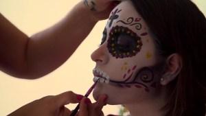 La importancia de las catrinas en celebración mexicana