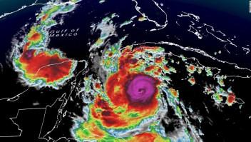 El huracán Delta se dirige hacia la costa del Golfo de EE.UU. después de azotar Yucatán en México