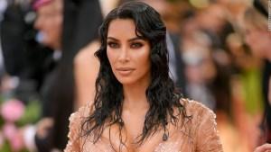kim-kardashian-40--estilo