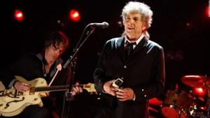 Cartas y letras de canciones de Bob Dylan vendidos por cerca de US$ 500.000.